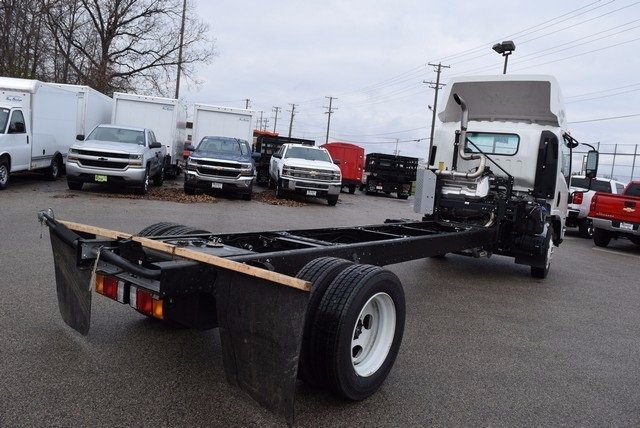 2017 LCF 5500XD Regular Cab 4x2,  Cab Chassis #37452 - photo 6
