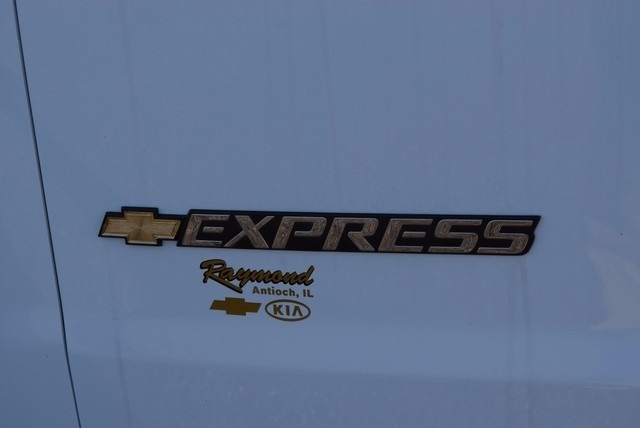 2017 Express 3500, Passenger Wagon #37523 - photo 7