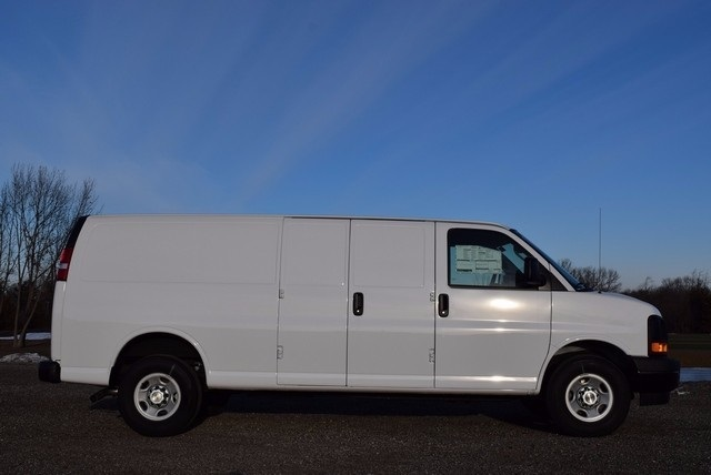 2017 Express 2500, Cargo Van #37528 - photo 4