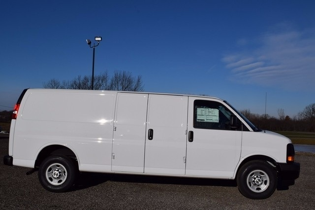 2017 Express 2500, Cargo Van #37537 - photo 4