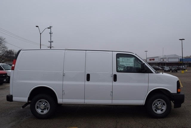 2017 Express 2500, Cargo Van #37576 - photo 4