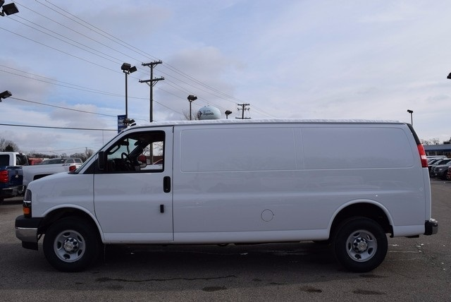 2017 Express 2500, Cargo Van #37690 - photo 8