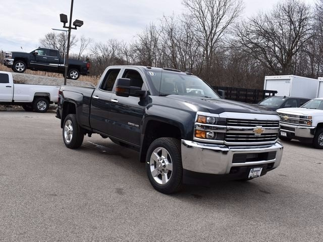 2017 Silverado 2500 Double Cab 4x4 Pickup #37978 - photo 4