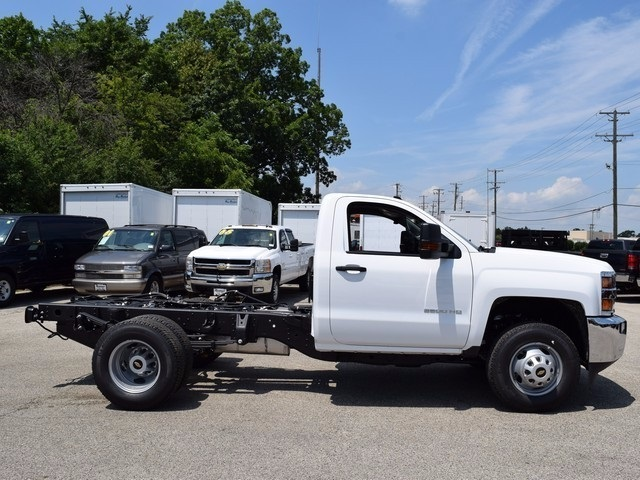 2017 Silverado 3500 Regular Cab DRW 4x4, Cab Chassis #38337 - photo 3