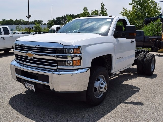 2017 Silverado 3500 Regular Cab DRW 4x4, Cab Chassis #38337 - photo 7