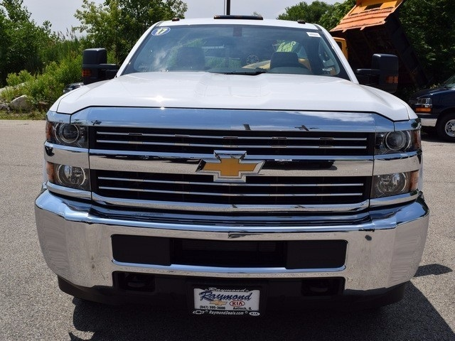 2017 Silverado 3500 Regular Cab DRW 4x4, Cab Chassis #38337 - photo 8