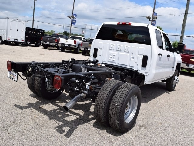 2017 Silverado 3500 Double Cab Cab Chassis #38426 - photo 2
