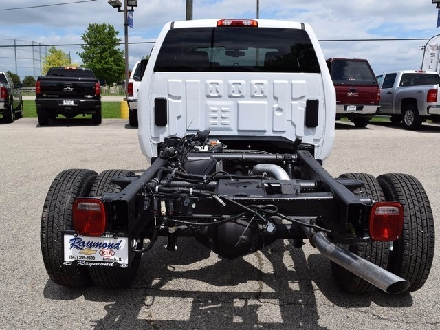 2017 Silverado 3500 Double Cab Cab Chassis #38426 - photo 4