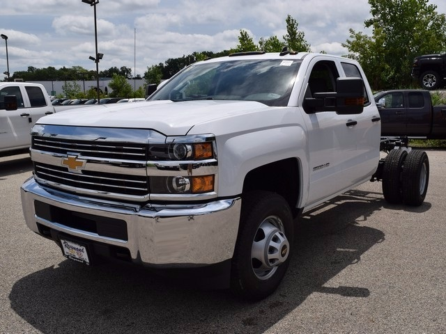 2017 Silverado 3500 Double Cab Cab Chassis #38426 - photo 7