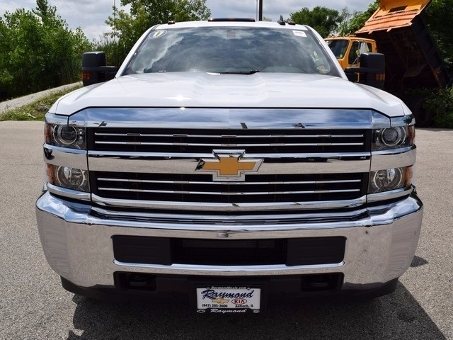 2017 Silverado 3500 Double Cab Cab Chassis #38426 - photo 8