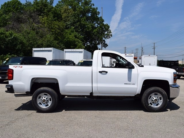 2017 Silverado 2500 Regular Cab 4x4, Pickup #38448 - photo 3
