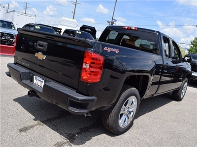 2017 Silverado 1500 Double Cab 4x4, Pickup #38464 - photo 2