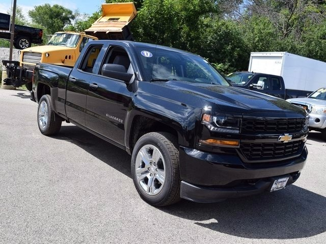 2017 Silverado 1500 Double Cab 4x4 Pickup #38490 - photo 10