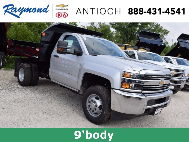 2017 Silverado 3500 Regular Cab DRW 4x4 Dump Body #38508 - photo 3