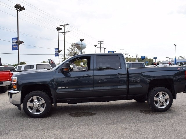 2017 Silverado 2500 Crew Cab 4x4, Pickup #38574 - photo 8