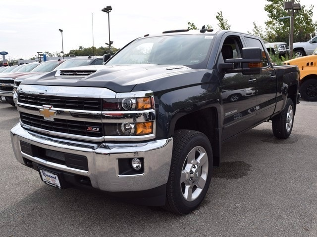 2017 Silverado 2500 Crew Cab 4x4, Pickup #38574 - photo 9