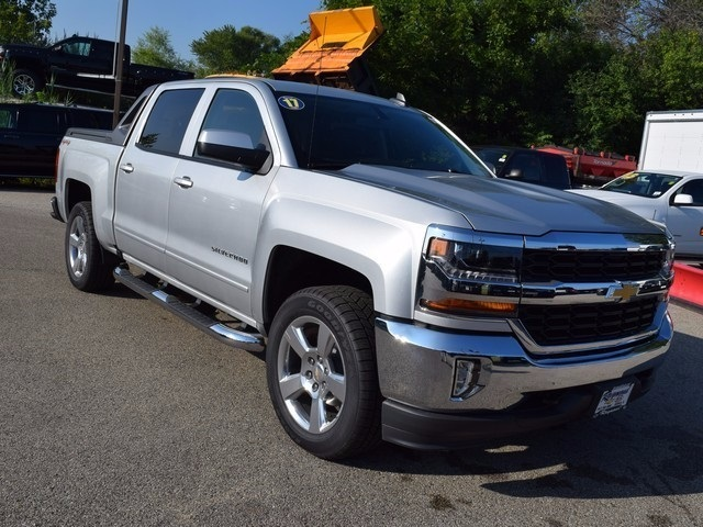 2017 Silverado 1500 Crew Cab 4x4 Pickup #38582 - photo 11