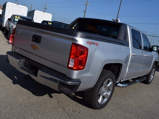 2017 Silverado 1500 Crew Cab 4x4 Pickup #38582 - photo 2