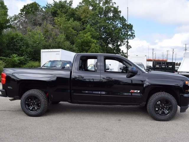 2018 Silverado 1500 Double Cab 4x4, Pickup #38608 - photo 3