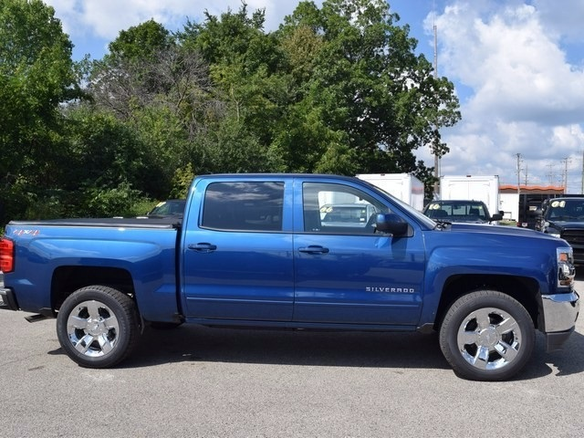 2018 Silverado 1500 Crew Cab 4x4 Pickup #38616 - photo 3