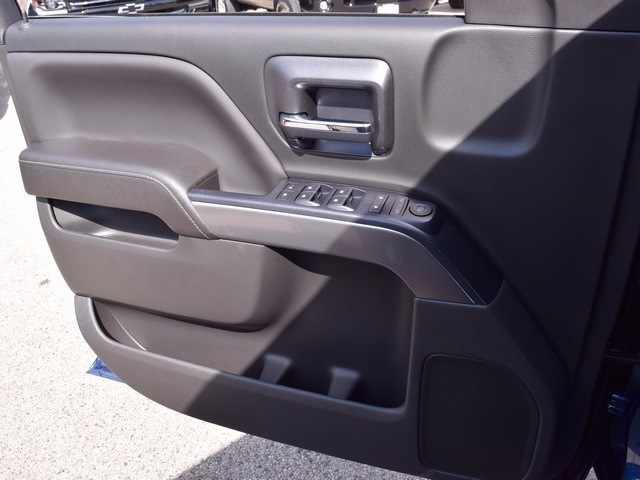 2018 Silverado 1500 Crew Cab 4x4 Pickup #38616 - photo 28