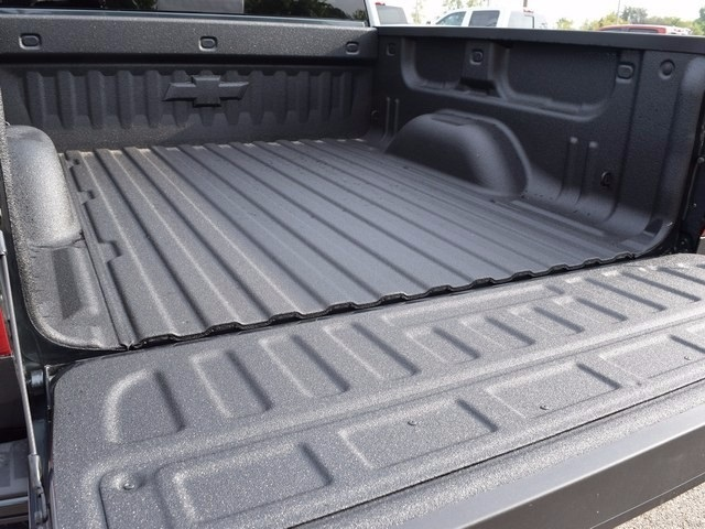 2018 Silverado 1500 Crew Cab 4x4, Pickup #38652 - photo 23