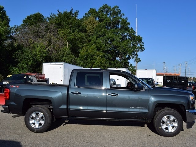 2018 Silverado 1500 Crew Cab 4x4 Pickup #38684 - photo 3