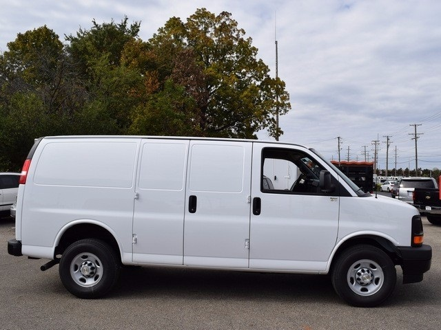 2017 Express 3500, Cargo Van #38805 - photo 3