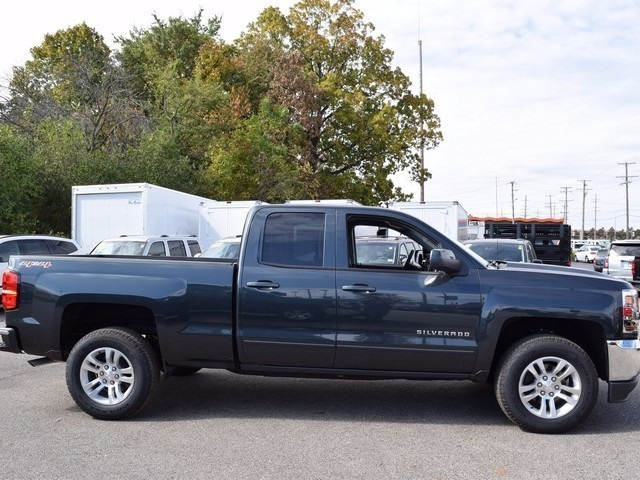 2017 Silverado 1500 Double Cab 4x4 Pickup #38861 - photo 3