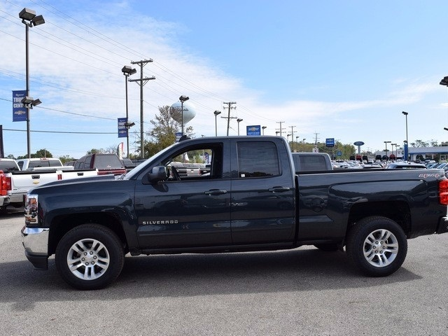 2017 Silverado 1500 Double Cab 4x4 Pickup #38861 - photo 8