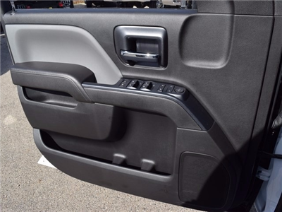 2017 Silverado 3500 Double Cab 4x4 Cab Chassis #38921 - photo 24