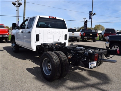 2017 Silverado 3500 Double Cab 4x4 Cab Chassis #38921 - photo 5