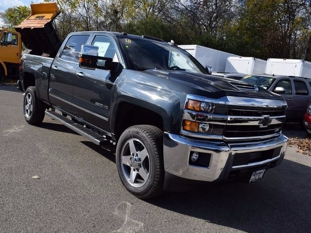 2018 Silverado 2500 Crew Cab 4x4 Pickup #38944 - photo 12