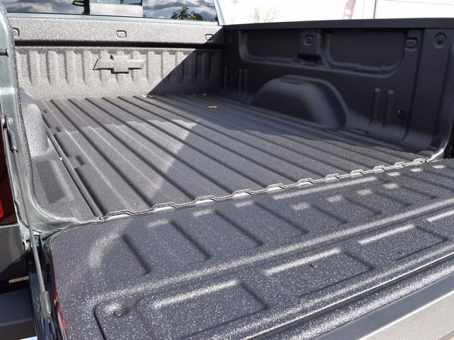 2018 Silverado 2500 Crew Cab 4x4 Pickup #38944 - photo 25