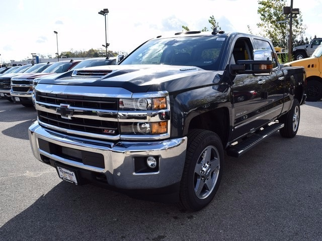 2018 Silverado 2500 Crew Cab 4x4 Pickup #38944 - photo 9