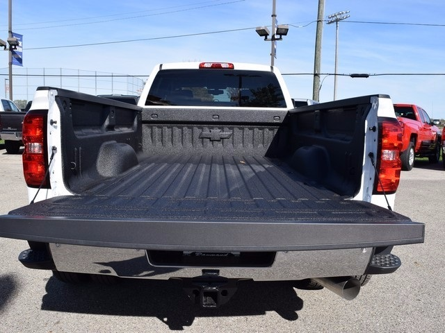 2018 Silverado 3500 Crew Cab 4x4 Pickup #38952 - photo 18