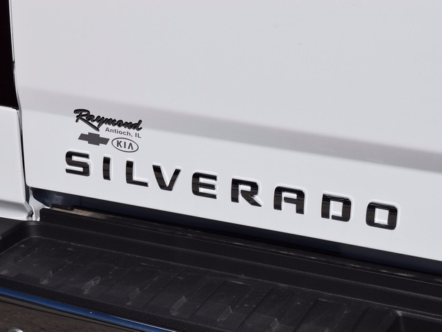2018 Silverado 3500 Crew Cab 4x4 Pickup #38952 - photo 5