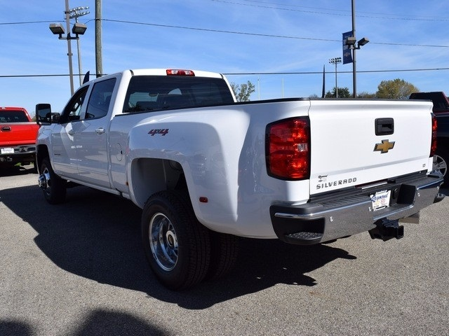 2018 Silverado 3500 Crew Cab 4x4 Pickup #38952 - photo 7