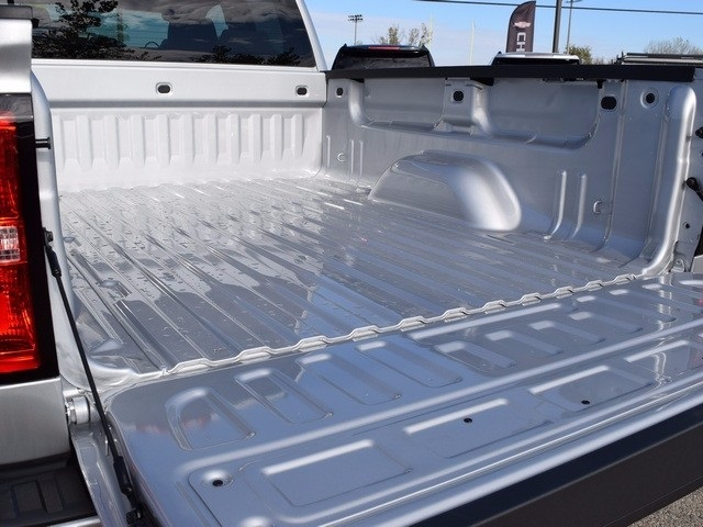 2018 Silverado 1500 Double Cab 4x4, Pickup #39031 - photo 17