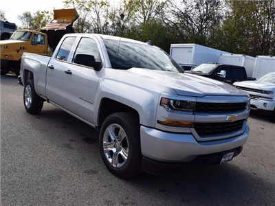 2018 Silverado 1500 Extended Cab 4x4 Pickup #39031 - photo 10