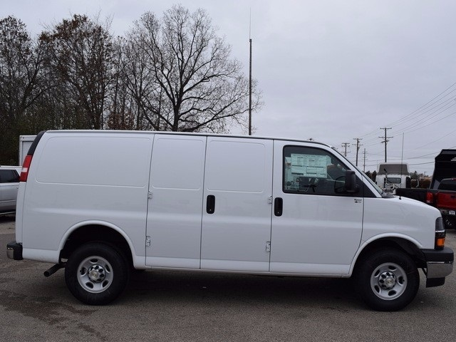 2017 Express 2500 Cargo Van #39060 - photo 3