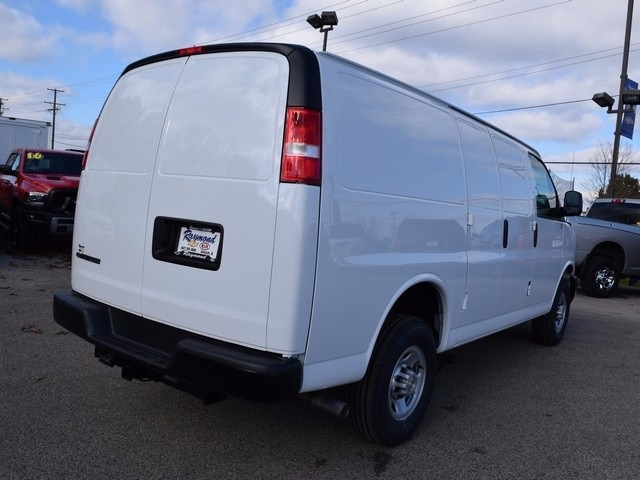 2017 Express 3500 Cargo Van #39074 - photo 3