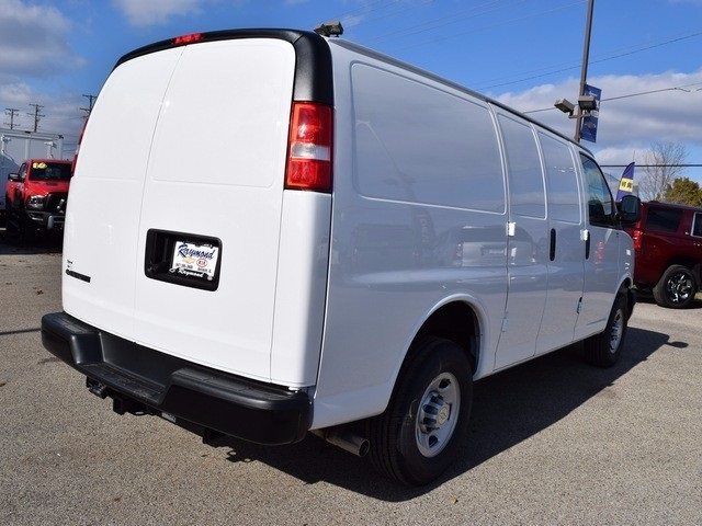 2017 Express 2500 Cargo Van #39076 - photo 3