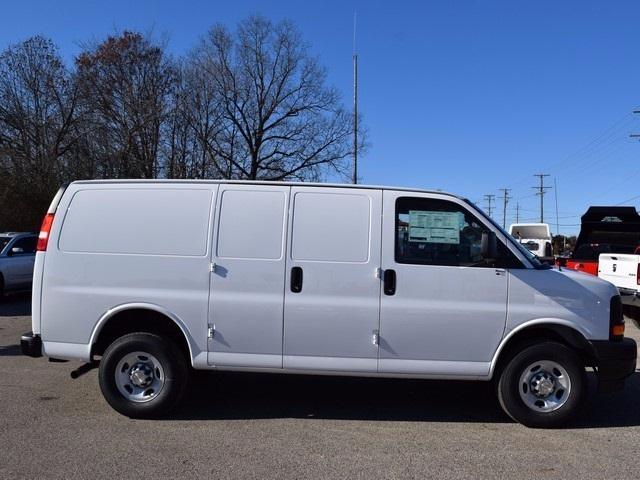 2017 Express 3500 Cargo Van #39087 - photo 4
