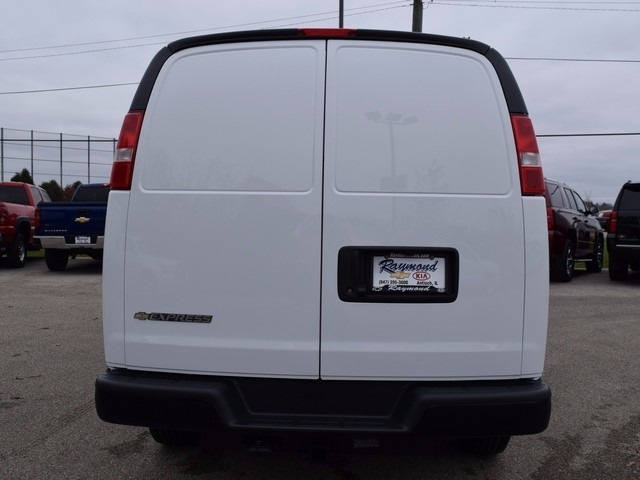 2017 Express 3500 Cargo Van #39096 - photo 5