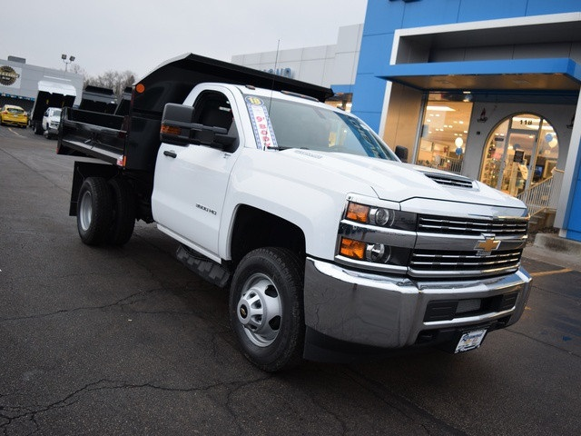 2018 Silverado 3500 Regular Cab DRW 4x4 Dump Body #39107 - photo 9