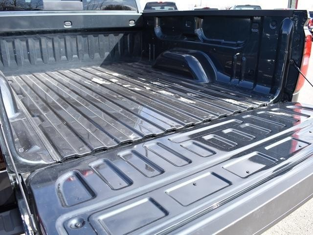2018 Silverado 1500 Crew Cab 4x4, Pickup #39372 - photo 18