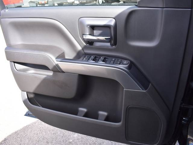 2018 Silverado 1500 Crew Cab 4x4, Pickup #39372 - photo 29