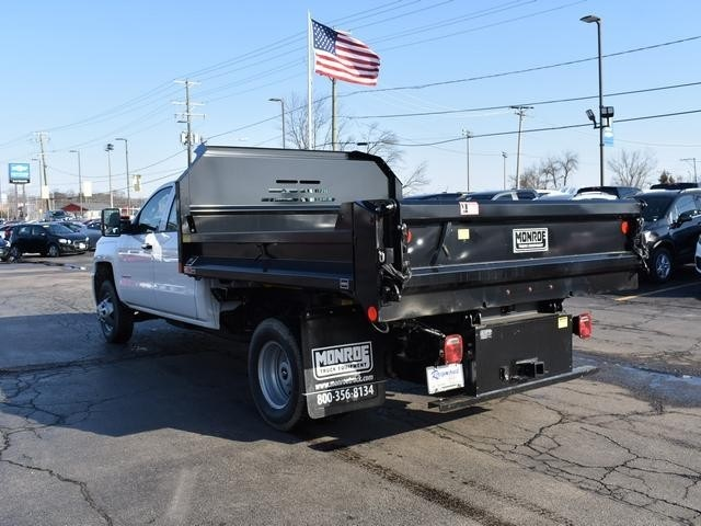 2018 Silverado 3500 Crew Cab DRW 4x4,  Monroe Dump Body #39503 - photo 5