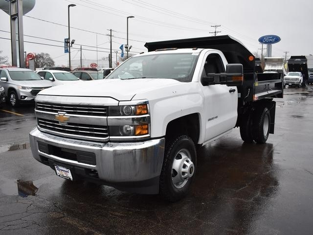2017 Silverado 3500 Regular Cab DRW 4x4, Dump Body #39550 - photo 4
